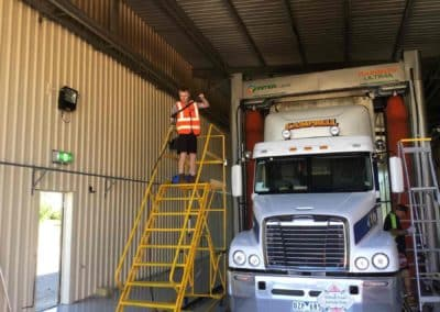 The Wash Inn - Now Open - Truck Wash New South Wales 6